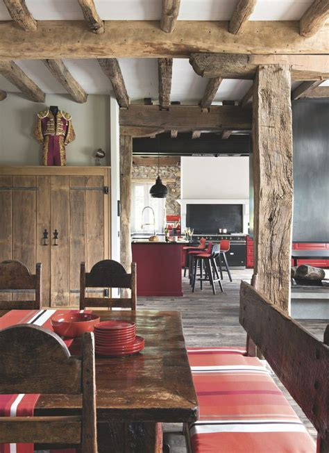 salle a manger rustique decordemon a farmhouse in the basque country