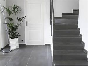 resultat de recherche d39images pour quotescalier carrelage With porte d entrée pvc avec béton ciré mur salle de bain