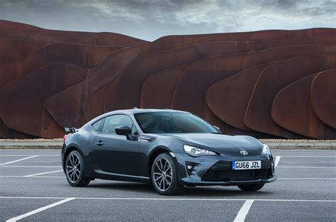 Toyota Gt86 Silver Toyota toyota gt86 review 2017 autocar