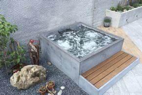 Mini Whirlpool Balkon : beton whirlpool concrete jacuzzi hotstone garten in ~ Watch28wear.com Haus und Dekorationen