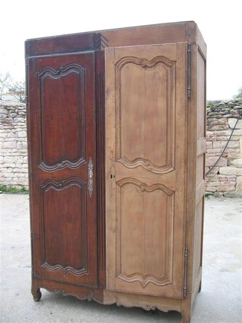 peinture pour meubles de cuisine en bois verni comment décaper un meuble verni bricobistro