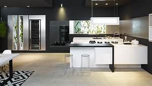 Ital Design Möbel : k chen m nchen ~ Markanthonyermac.com Haus und Dekorationen