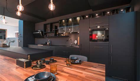 cuisine noir bois cuisine noir plan de travail bois plan de cuisine bois