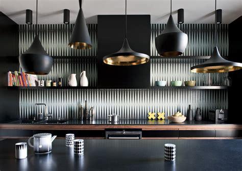 jeu de cuisines aqua chic un appartement parisien au bleu irrésistible