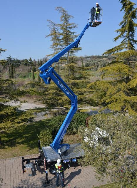 star platforms moves  truck mounts