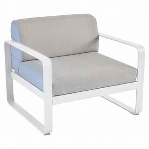 Coussin Gris Et Blanc : fauteuil bellevie de fermob coussin gris flanelle blanc ~ Melissatoandfro.com Idées de Décoration
