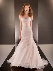 fit and flare cross sweetheart neckline ruched bodice With fit and flare wedding dress with sweetheart neckline