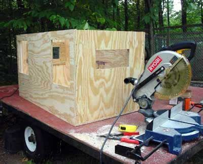 building  dog box dog box  truck diy dog stuff