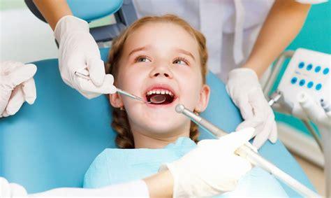 Bailes no zobārsta ir cieši saistītas ar sliktu mutes ...