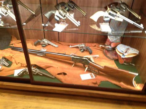 cabelas gun safe wont open two cabela s retailers set to open in colorado