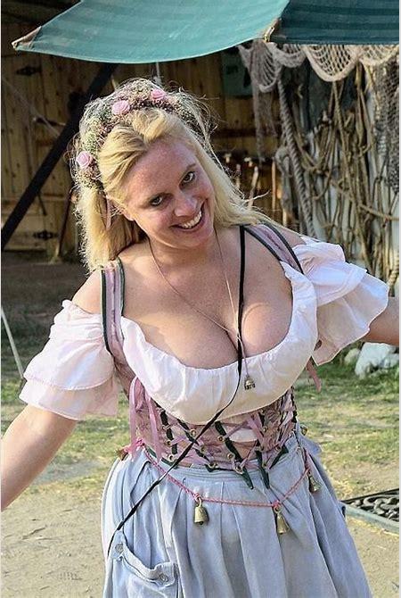 renaissance nude wench - Cumception