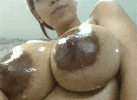 Webcam Immense Titted Giant Life Nipples