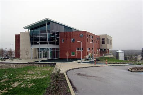 Cuyahoga Community College, Highland Hills.jpg