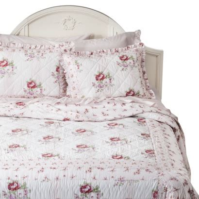 shabby chic white quilt simply shabby chic 174 mayberry rose quilt white pink my future home for when i m obscenely