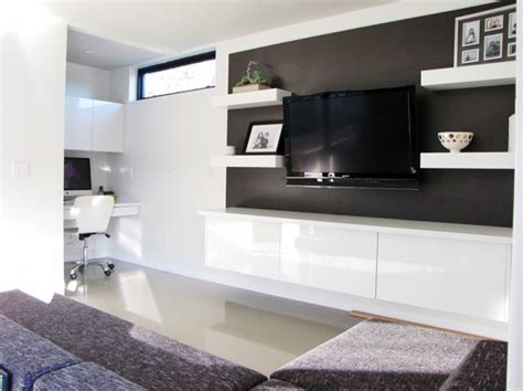 20 Ways To Incorporate Wall-mounted Tvs And Shelves Into