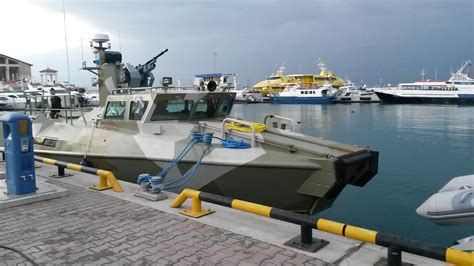 Raptor Rubber Boats by Ak Company Making Gunboats Now