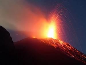 Il Vulcano Di Stromboli  Isole Eolie  Sicilia