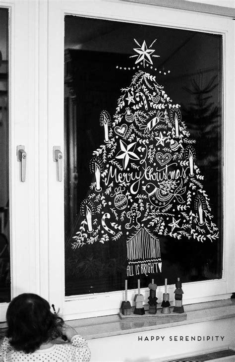 Fensterdeko Weihnachten Kreide diy opulente weihnachtliche fensterdeko mit kreidemarker