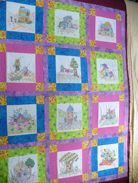 Coloring Quilt Blocks With Crayons by 105 Best Crayon Quilts Images On Crayon