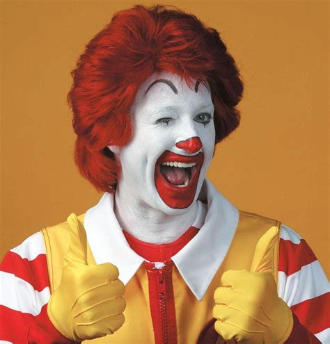 """The Origin of Stephen King's """"IT""""...and the Time He Sat ..."""