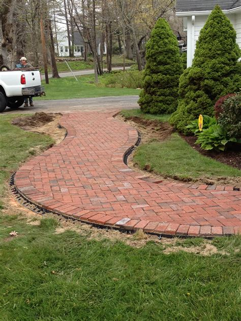 brick walks wide brick walkway would love to do this out back through the yard probably not herringbone