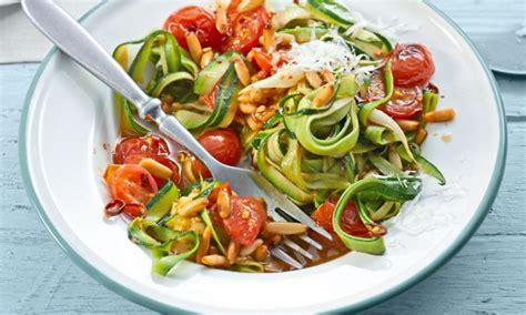 rezepte für spiralschneider spiralschneider gem 252 se spaghetti und julienne chefkoch de
