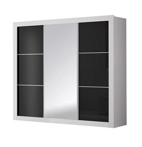 chambre blanche et noir chambre adulte design blanche et noir traviata chambre