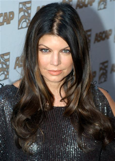 With Black Hair by Which One Do You Like More When Fergie Has Black
