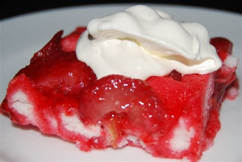 strawberry angel food cake belgoods bakewarebelgoods
