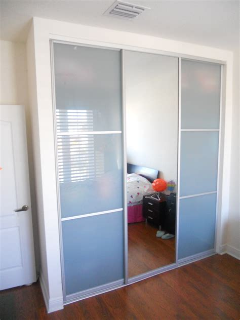 Large Frosted Glass Sliding Closet Door With Alumunium