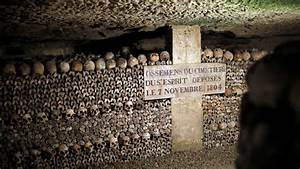 Two Teenagers Lost In The Catacombs Of Paris For Three