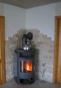 steinwand wohnzimmer kamin naturstein s testparcour