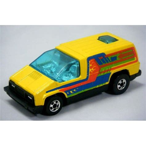 hot wheels  story custom van global diecast direct
