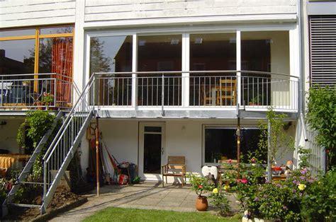 anbaubalkon mit treppe s t metall grasberg lilienthal worpswede grasberg lilienthal worpswede produkte balkone
