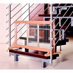 Barrière De Sécurité Pour Escalier : barri re de porte escalier en bois hauteur 50 cm ~ Dailycaller-alerts.com Idées de Décoration