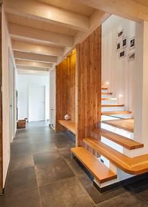 Wandgestaltung Treppenhaus Einfamilienhaus : einfamilienhaus neuwied b ~ Markanthonyermac.com Haus und Dekorationen
