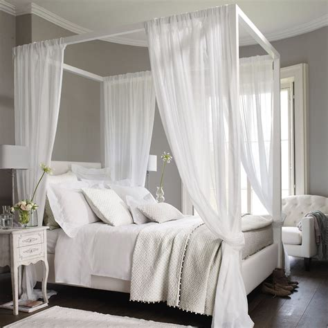Bed Drapes - quilt cushion cover the white company home