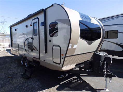 forest river rockwood     kitchen rear bedroom travel trailer