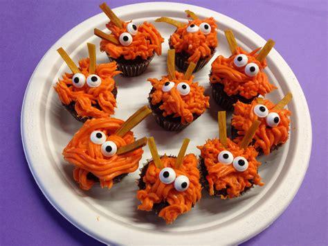 Rezept Halloween Muffins  Rezept Halloween Spinnen