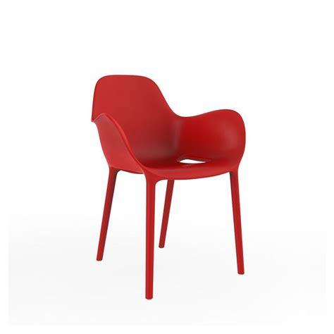 chaise d extérieur sabinas chaise de jardin à accoudoirs vondom en résine