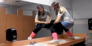 bathroom twerk 28 images lisa nova hottest youtubers With girl twerking in bathroom