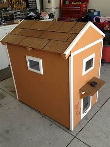 Pin by rachel shryock on home decor pinterest for 2 door dog house