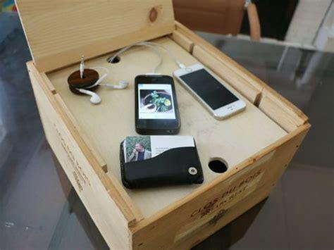 creative ways  organize  familys electronics