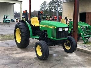 John Deere 5105  U0026 5205 Tractors Official Workshop Service