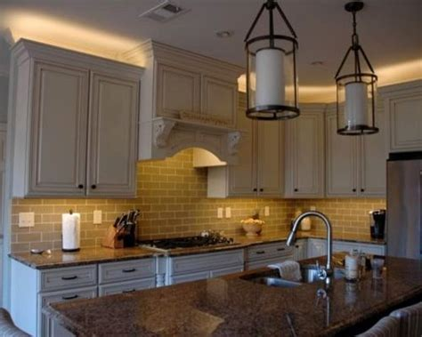 Above Cabinet Lighting Home Design Ideas, Pictures