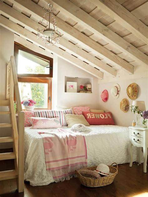 chambre sous toit chambre sous combles chambre chambre et salle de bain
