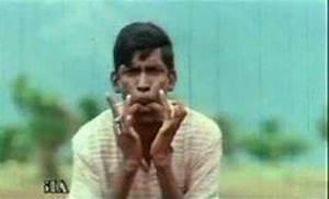 Vadivelu Whistles Podu - CommentPhotos.com - Tamil Photo ...