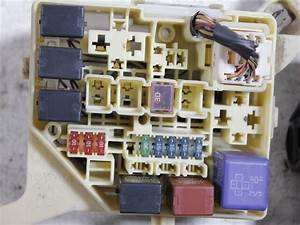 Used  Fuse Box Toyota Will Vi Gh-ncp19