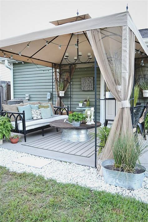 Best 25+ Patio Makeover Ideas On Pinterest