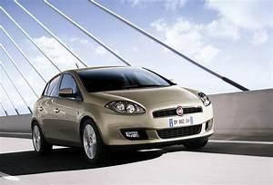Fiat Bravo Sport : 2010 fiat bravo review top speed ~ Medecine-chirurgie-esthetiques.com Avis de Voitures